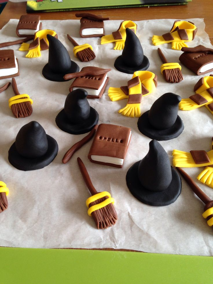 Harry Potter Cupcake Toppers Witches Hats Brooms Spell