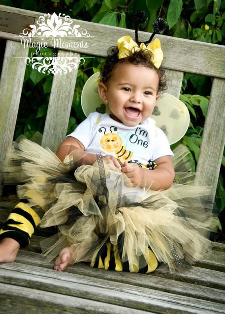 Bumble Bee Bloomers First Birthday Girl Outfit I M One