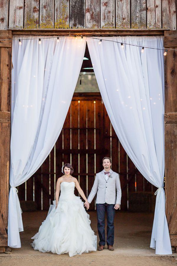 Barn Wedding Venue With Draped Fabric For Dramatic Entrance Weddingvenue Barnwedding