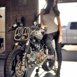 202 Best Images About Sexy Biker Girls On Pinteres
