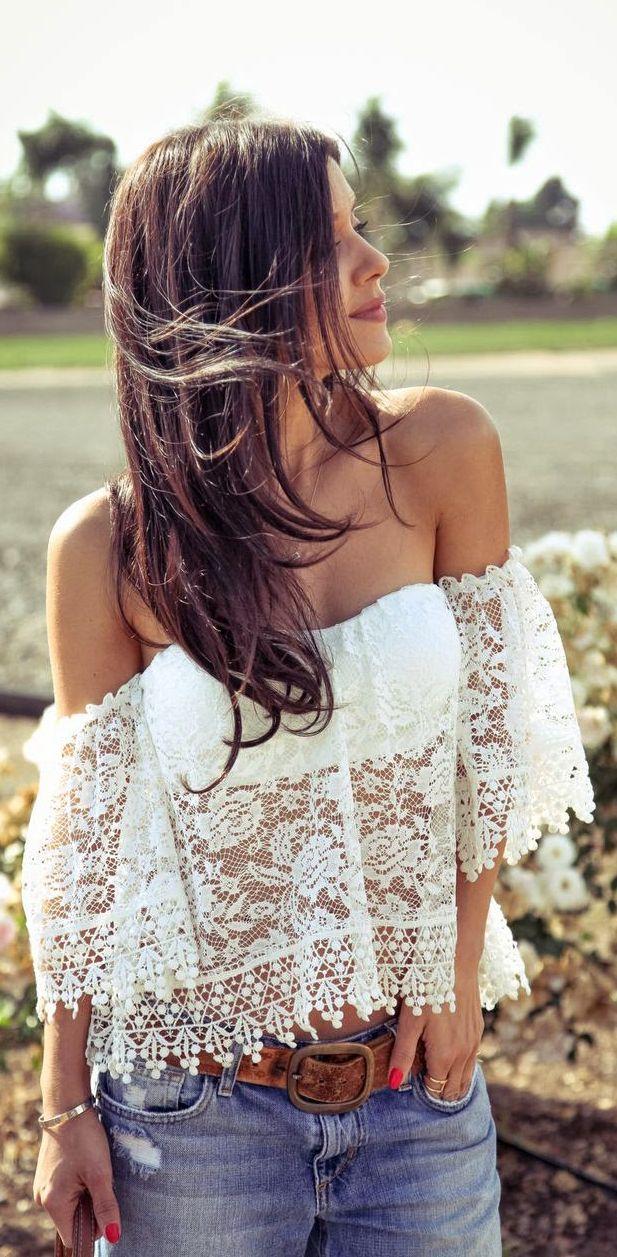 Lace blouse style