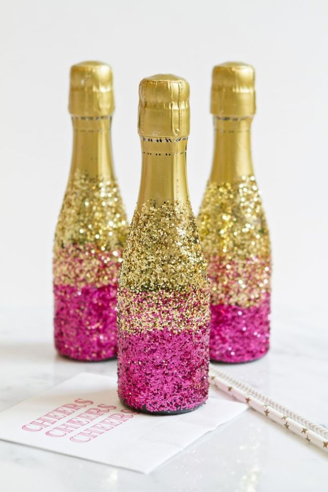 The 15 Most Gorgeous DIY Glitter Crafts You Can Make Right Now