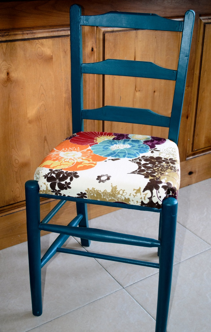 1000 Ideas About Ladder Back Chairs On Pinterest Windsor Chairs Corner China Cabinets And