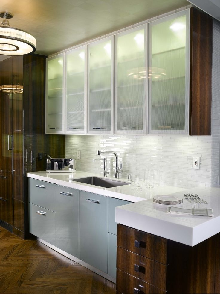 34 best images about youngstown cabinets on pinterest mid century kitchens going away and on kitchen cabinets with glass doors on top id=96843
