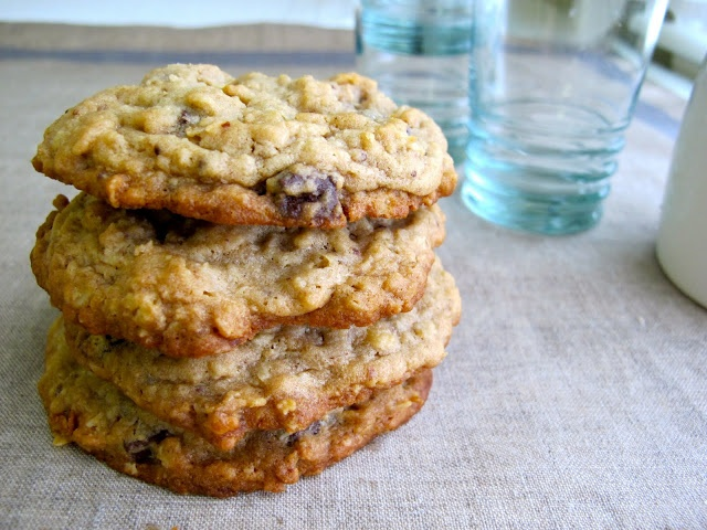 Peanut Butter Oatmeal & Chocolate Chip Cookies Recipe