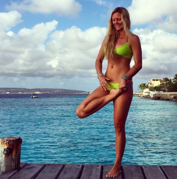 36 best images about YOGA GIRL IN BASTA SURF on Pinterest ...