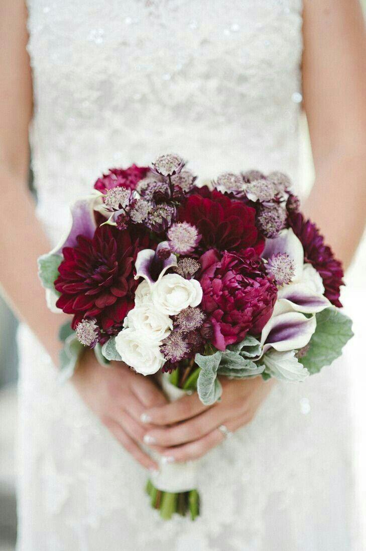 Simple Fall Wedding Bouquets
