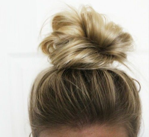 Best 20 Knot  Bun ideas on Pinterest Hairdos for curly