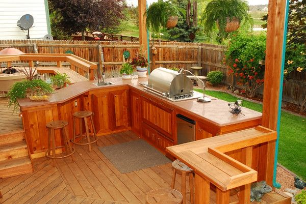 redwood outdoor patio with built in kitchen and bar designed by decktec outdoor design outdoor on outdoor kitchen on deck id=16969