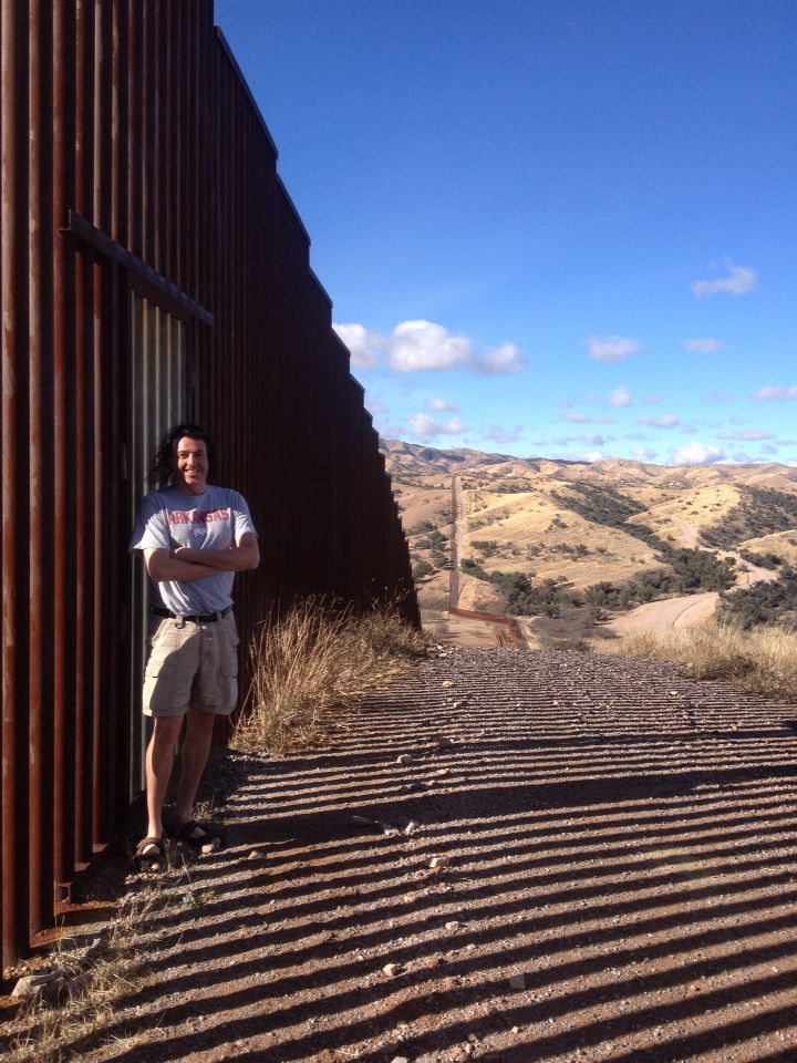 78 images about usa mexico border fence on pinterest on border wall id=58504