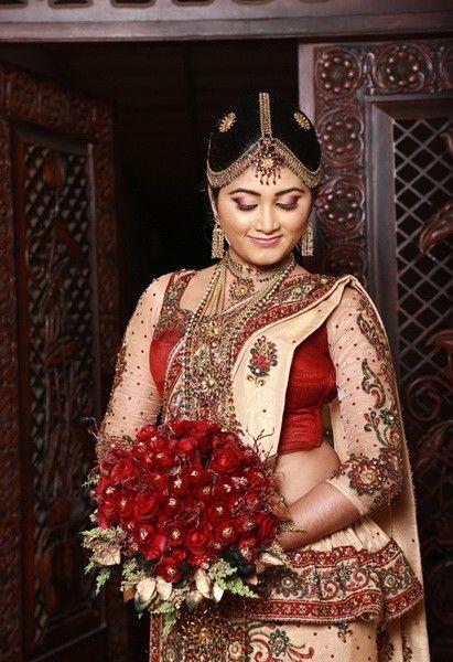 Piumi Hansamali Pink Saree