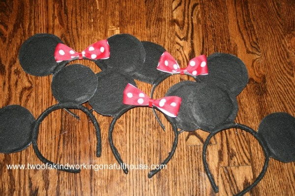 How To Make Your Own Mickey Mouse / Minnie Mouse Ears For ...