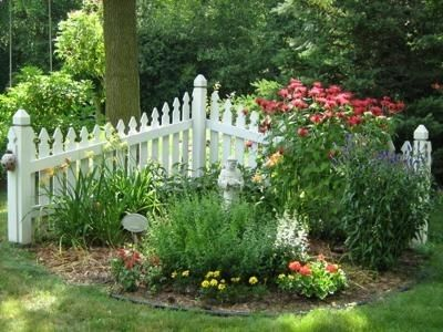 17 best images about corner fence ideas on pinterest on backyard fence landscaping id=12746