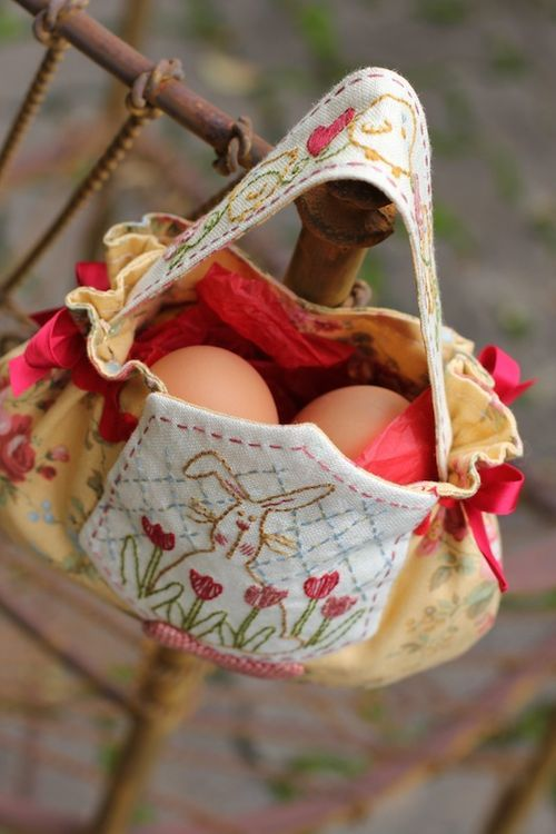 Easter Egg Bag Hand Embroidery And Needle Turned