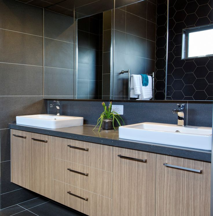 Ensuite Vanity By Bourkes Kitchens Benchtop CaesarStone