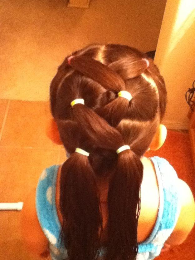 Zig-Zag Ponytails + 37 other hair ideas for little girls