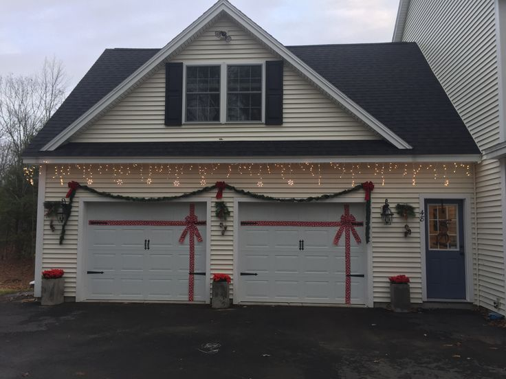 17 Best images about Holiday Garage Decoration Ideas on ... on Garage Decoration  id=44535