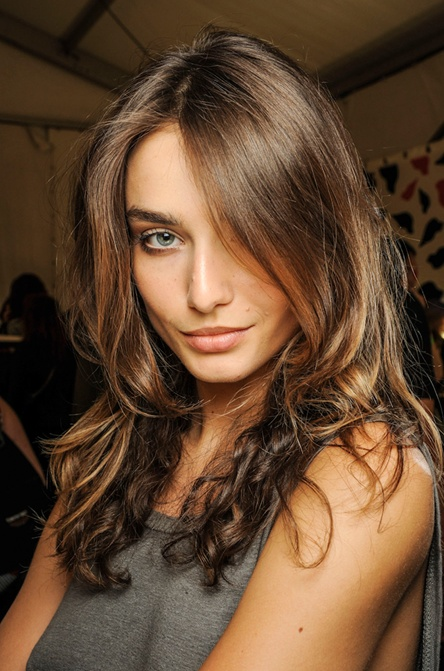 Love this natural  brown  hair  colour WITCHERY BEAUTY
