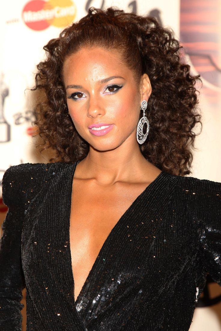 Alicia Keys Hairstyles 2010 Fade Haircut