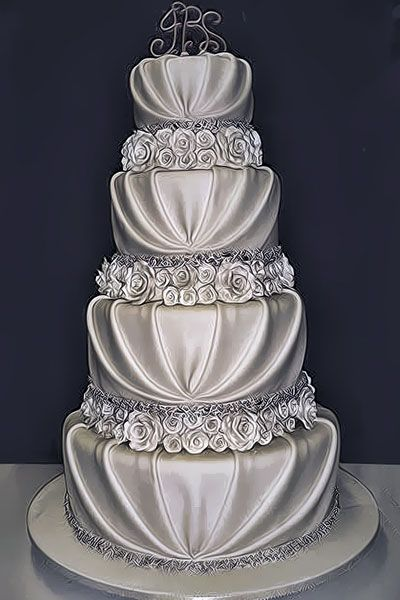 LOVE IT!!!! it will go perfectly with my cranberry and silver wedding motif! I plan on getting married in December. Future