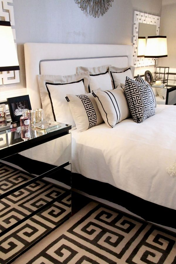 Black And White Bedroom Decor With Mirrored Modern Nightstands Storage Www Bocadolobo