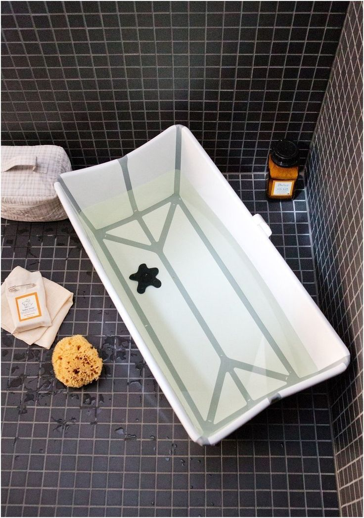 The Perfect Solution For Bathing Baby In A Shower Stall
