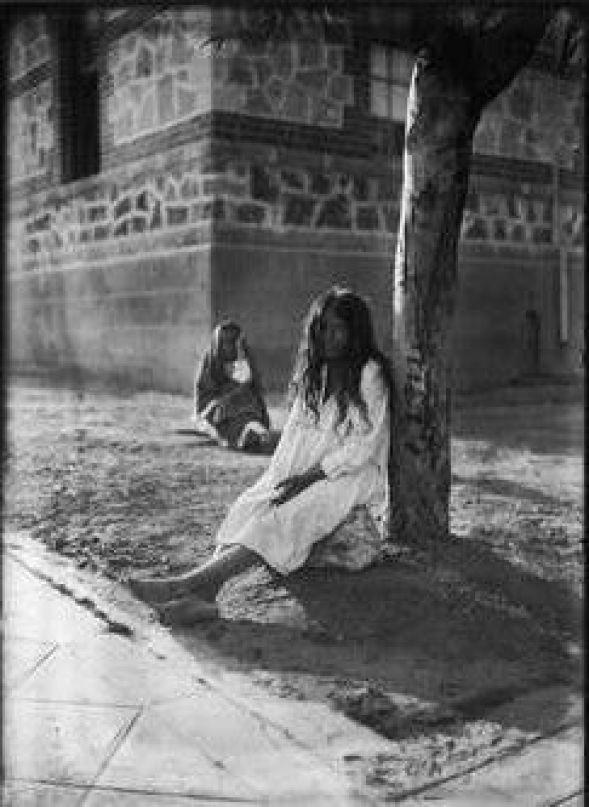 Internas en Manicomio de La Castañeda, ciudad de México, ca. 1911: