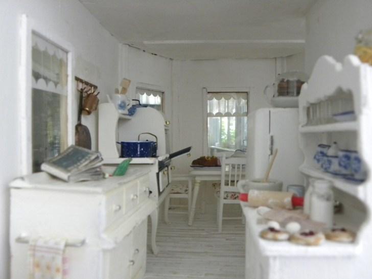 Kitchen Bittersweet Cottage Mini Shabby Miniature