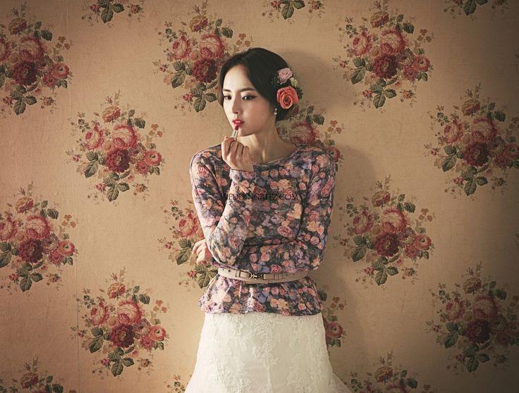 1000+ Ideas About Korean Wedding Dresses On Pinterest
