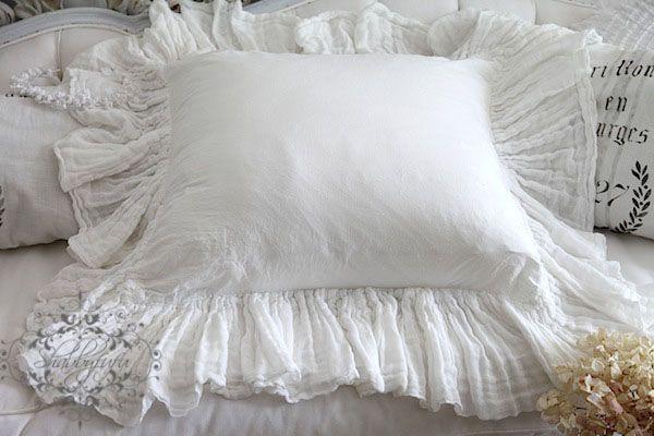 Beautiful White Cotton 24 Gauze Ruffle Around Button
