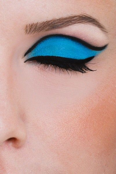 gorgeous make-up!