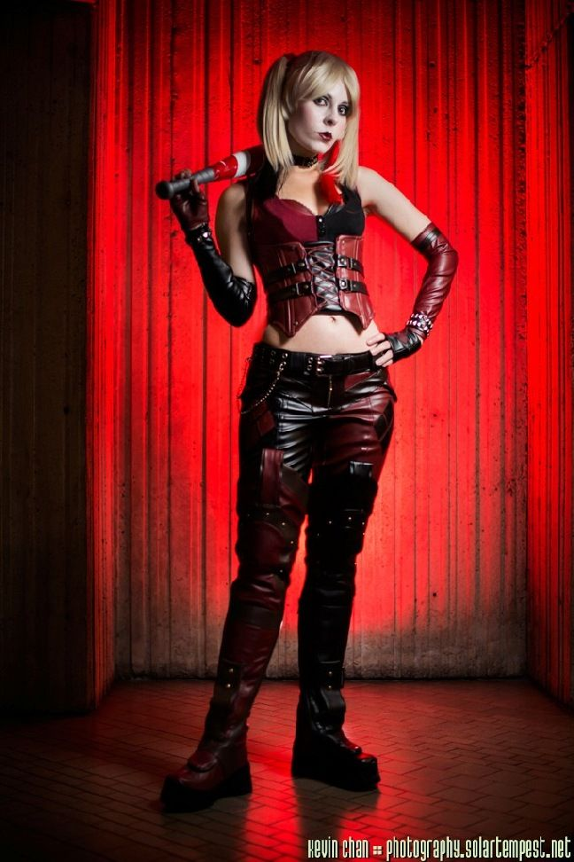 Character Harley Quinn Version Injustice Gods Among Us Arkham City Cosplayer Ammie Chan