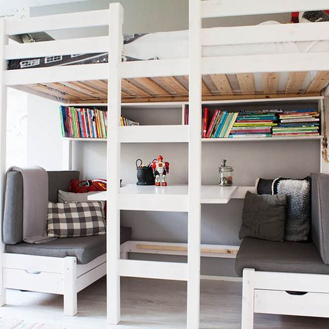 Bunk Bed Designs For Teenagers - WoodWorking Projects & Plans on Teenage Beds For Small Rooms  id=32328