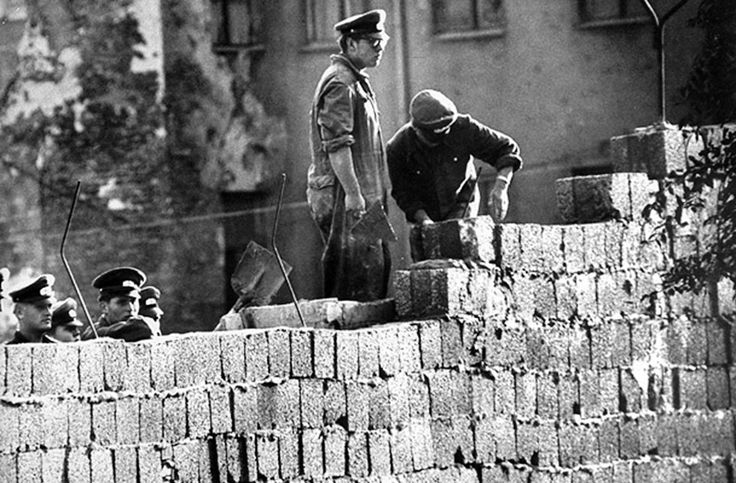 1000 images about berlin wall 1961 1989 on pinterest on berlin wall id=81973