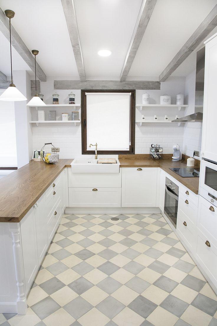 Inspiración para cocinas en blanco y madera