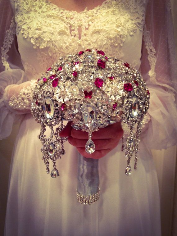 25 Best Ideas About Brooch Bouquets On Pinterest