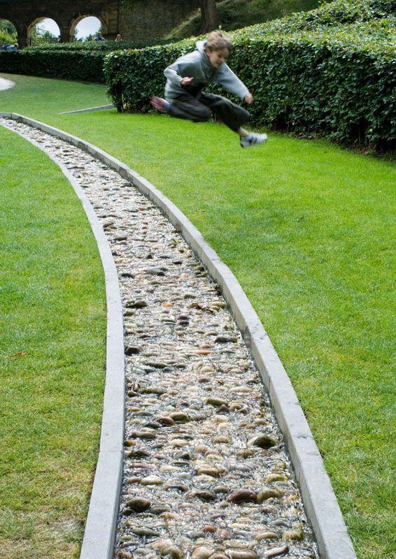 Building Garden Rill