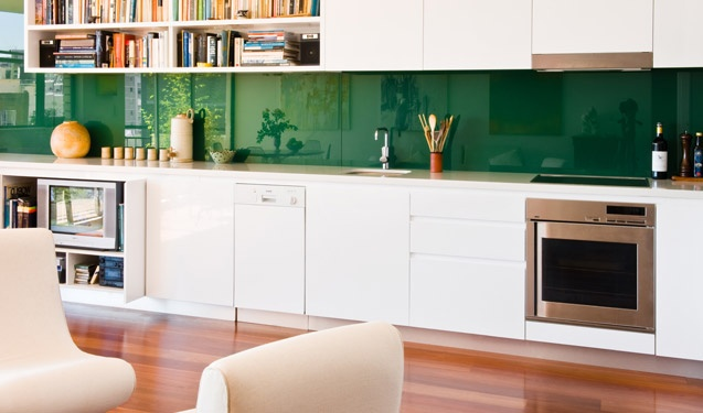 90 best images about excellent emerald green on pinterest green kitchen contemporary on kitchen ideas emerald green id=19968