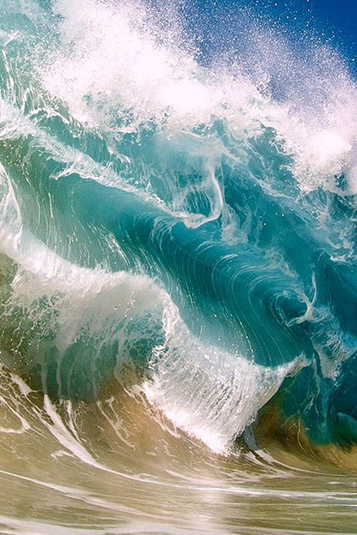 Ive seen waves do this in Hawaii, it happens when one or more catches up with the one making beach fall and you get a stacked
