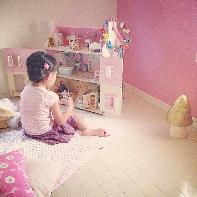 1日1回はドールハウスの中をチェック✨女の子が生まれたら絶対買いたかったもののひとつ 5歳 子供部屋 ドールハウス Girl's room in Japan