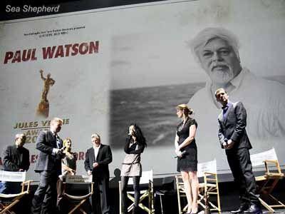 Captain Paul Watson Receives Jules Verne Award. http://www ...