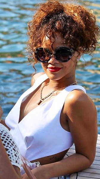 Rihanna Natural Hair Texture Its Beautiful Rih