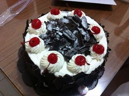 1000 Images About Kue Ultah On Pinterest Edible Cake