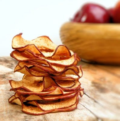 homemade apple chips with cinnamon and sugar