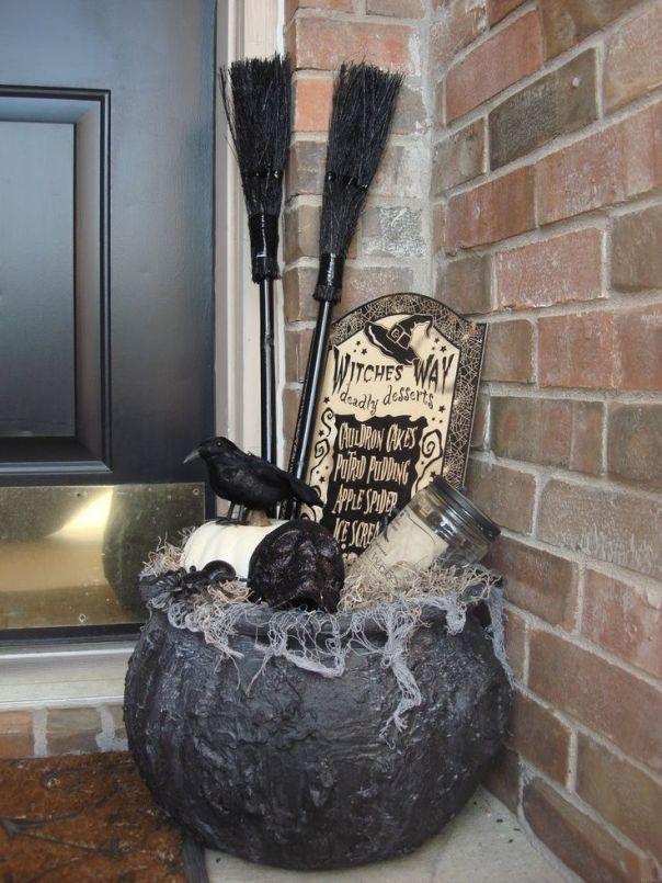Dollar Store Halloween Front Porch Decor: