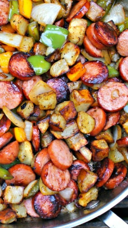 Keilbasa, Pepper, Onion and Potato Hash ~ an easy to make, healthy and delicious meal that comes together in just 15 minutes,