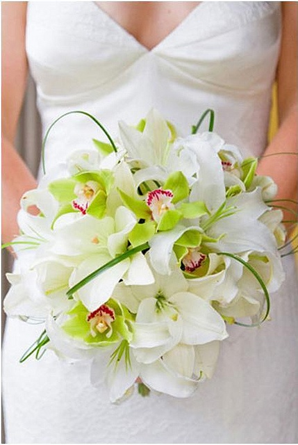 BRIDES BOQUET OPTION 1: CASABLANCA LILIES & CYMBIDIUM I may have just decided to
