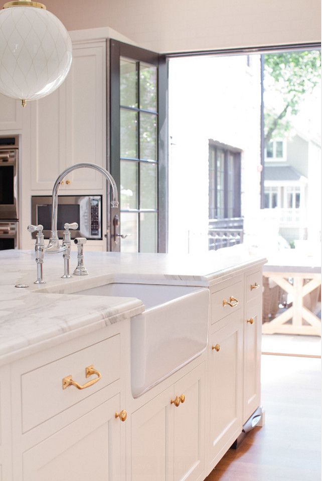 10 best images about hardware on pinterest kitchen hardware cabinets and metals on kitchen cabinets gold hardware id=43310