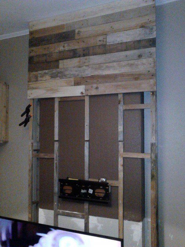 wall from pallet wood mur en bois de palettes pallet on pallet wall id=16529