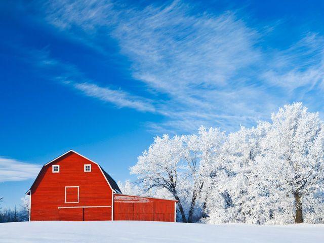 10 Beautiful Snow Covered Barn Photos Seasons Beautiful